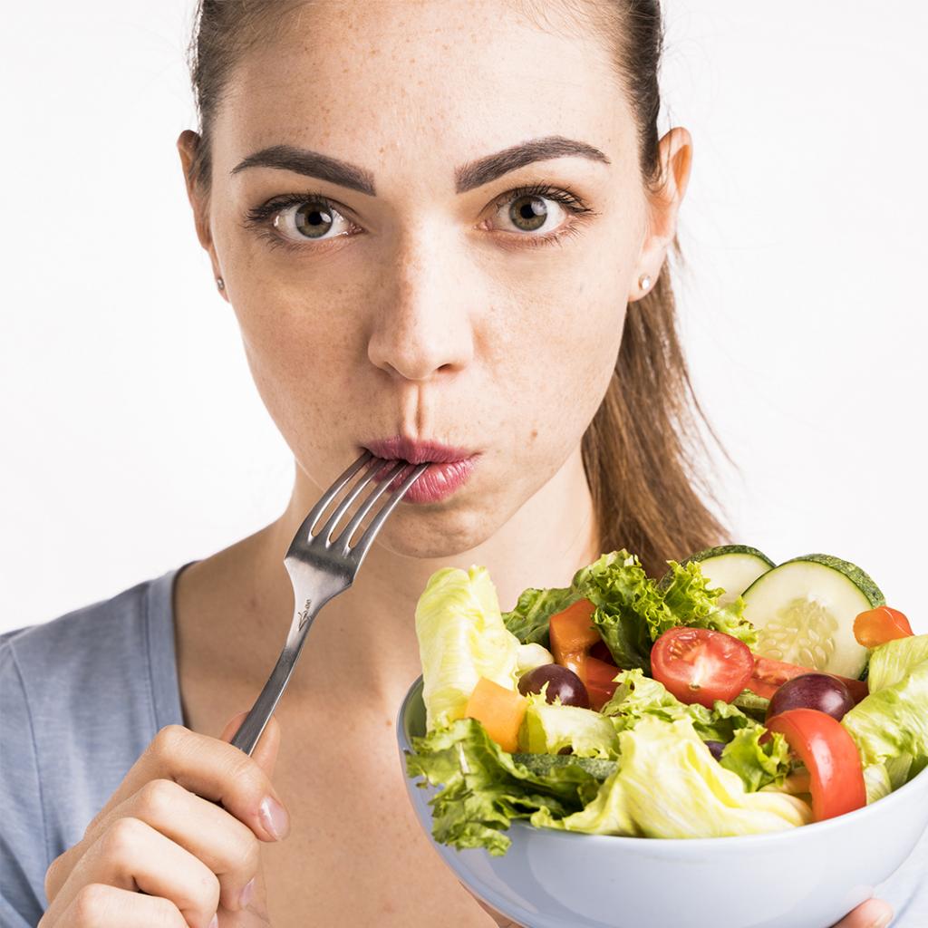 una alimentación saludable es el primer paso para bajar de peso