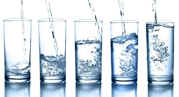 8 vasos al día para una correcta hidratación